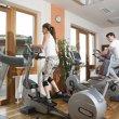 Hotelové fitness.